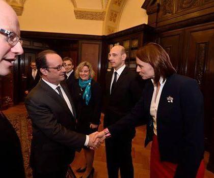 François Hollande podporuje České sekce ve Francii!