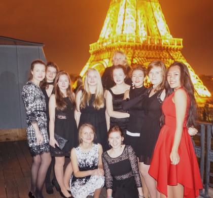 Studenti Českých sekcí si připomněli rok 1989 na Českém velvyslanectví v Paříži